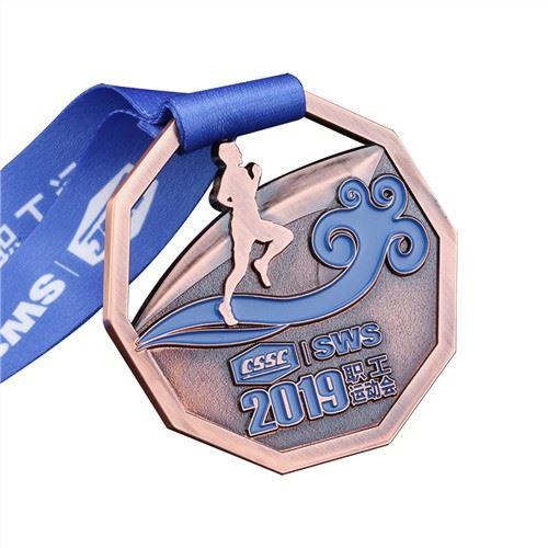 2020-sports-running-man-award-medal-fashion55427655281