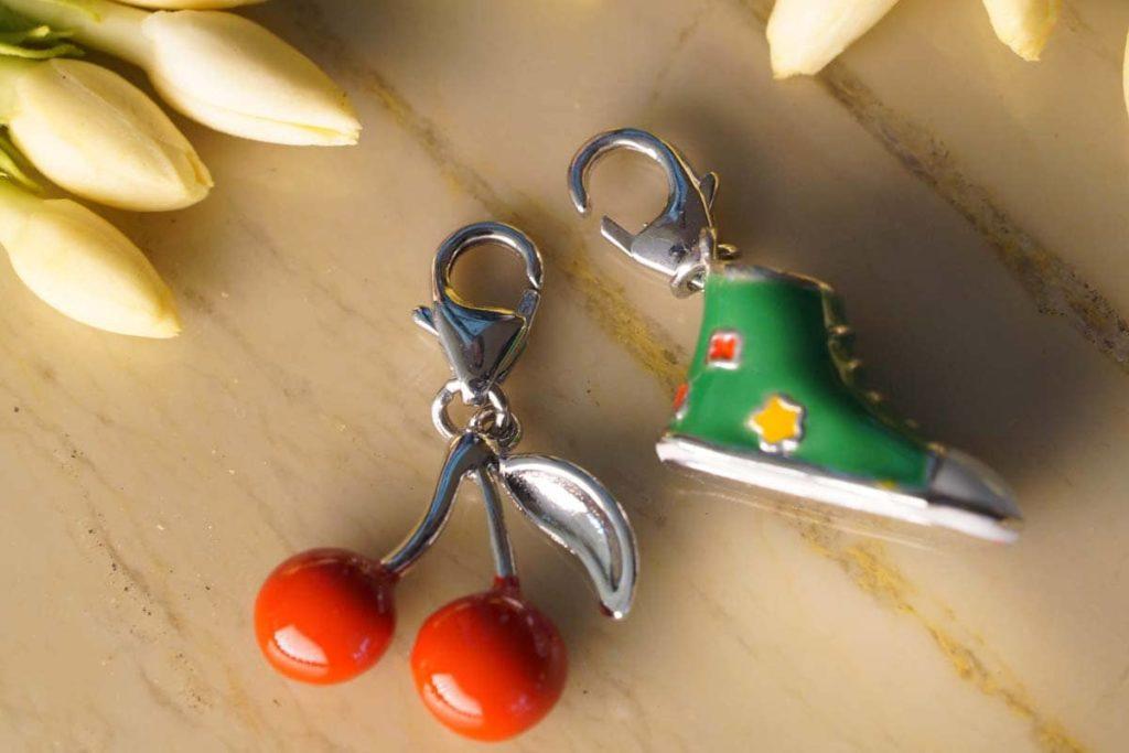 Wholesale Keychains3