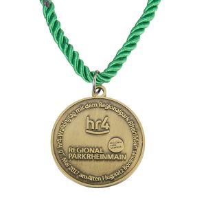 vintage-commemorative-round-medal19290659711